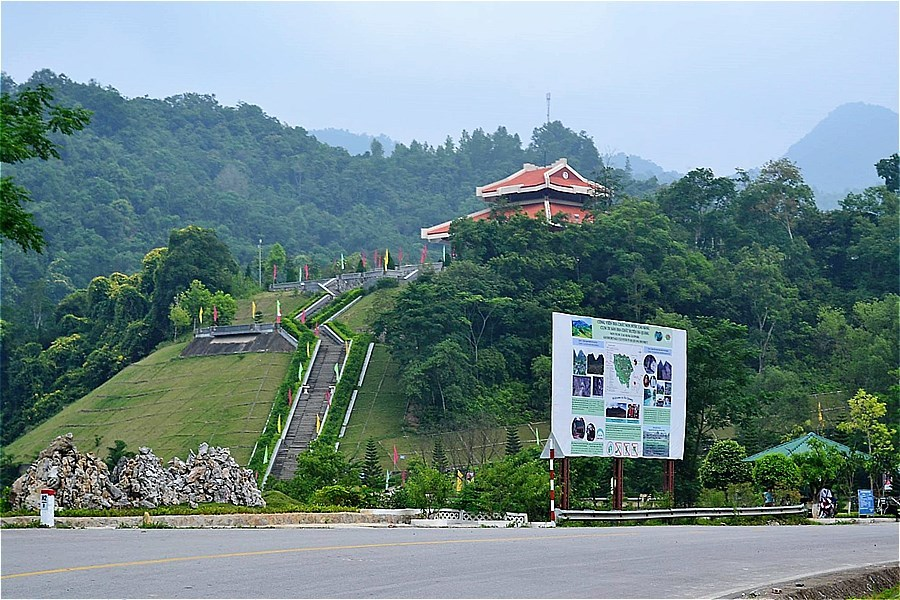 21825-Pac Bo Historical Site の入口