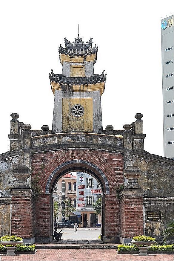 471-MainGate (廣平閣):ドンホイ城