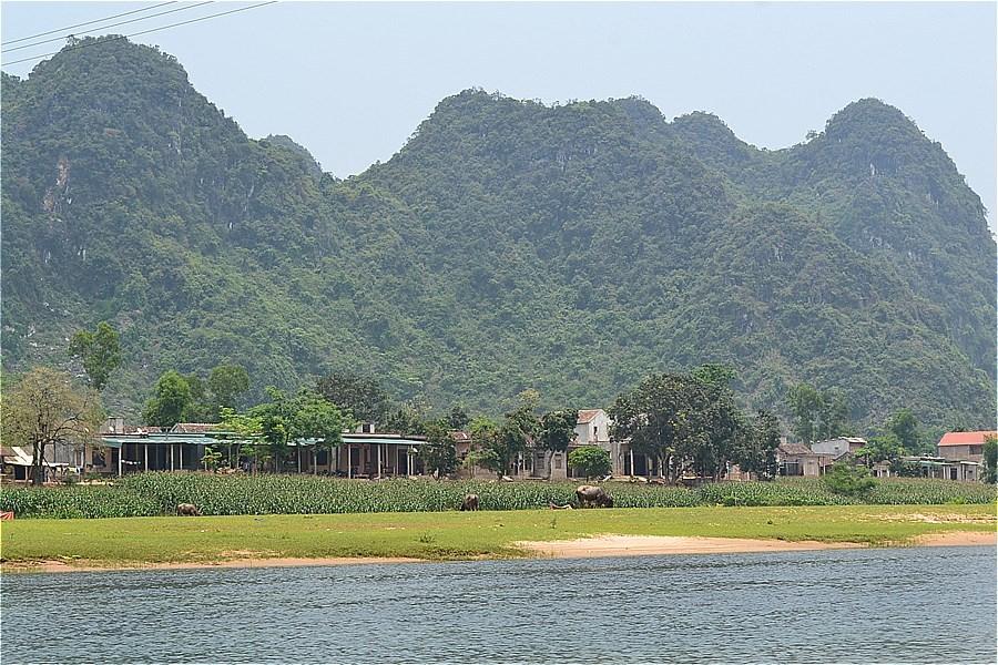 47257-Phong Nha Cave