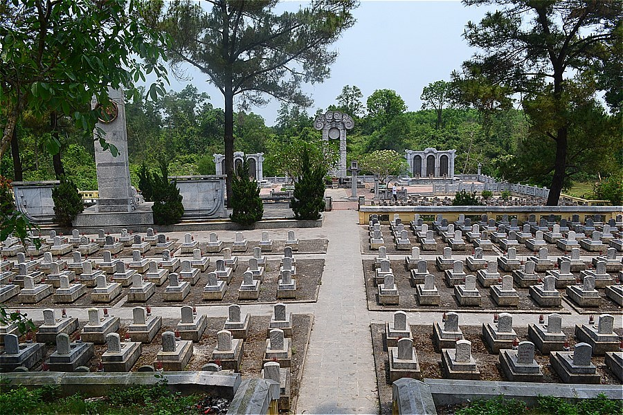 48312-Truong Son National Martyrs Cemetery