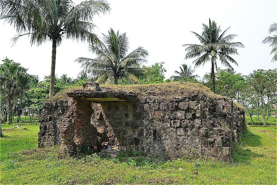 48806-Quang Tri Citadel