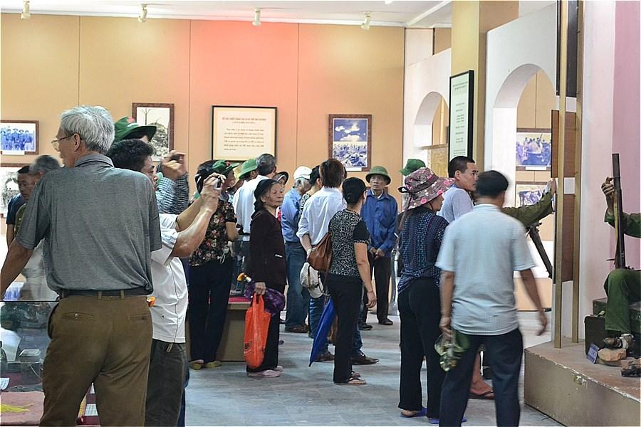 48806-Quang Tri Citadel Museuml