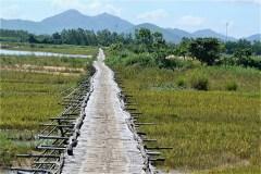 象牙塔 Duong Long Cham Templeからトゥーティエン塔へ移動