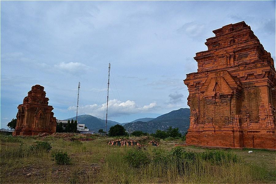 59-ホア・ライ塔 (Tháp Hòa Lai)