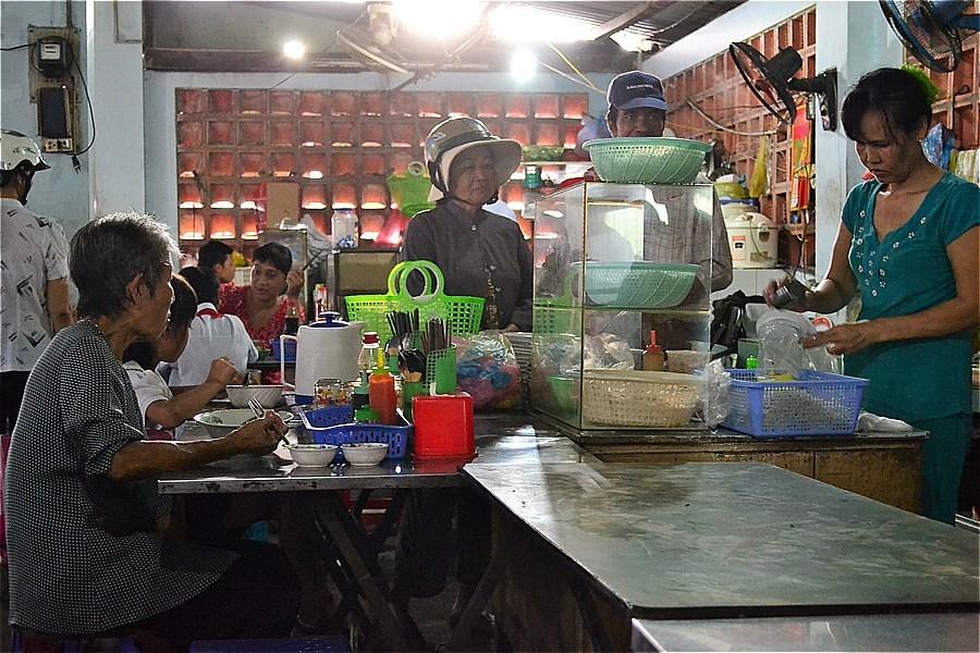 78850-Con Dao Market