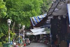 Tach Dong (Thạch Động) 洞窟へ