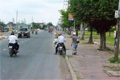 Ba Hon長距離バスステーションを出発(QL80)