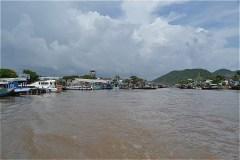 ホンチョン湾 (Bến Tàu Vịnh Hòn Chông)