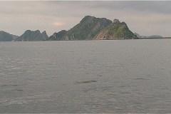 Hòn Đầm Giếng 島からホンチョン湾桟橋 (Bến Tàu Vịnh Hòn Chông) へ