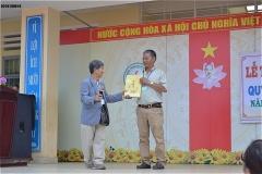 トゥ・チャ中学校2018年奨学金授与式
